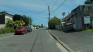 La rue de Montaran est une rue mi-pavillonaire, mi rue-de-zone. La circulation se fait sur le trottoir. Allez voir sur la carte pour comprendre la circulation à cet endroit.