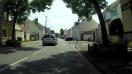 À gauche, rue du clos Ste-Croix