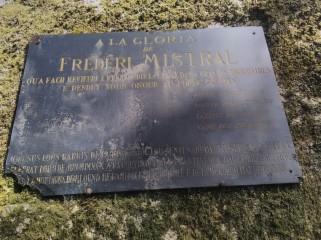 Hommage à Frédéric Mistral
