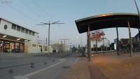 un petit parc de stationnement vélo